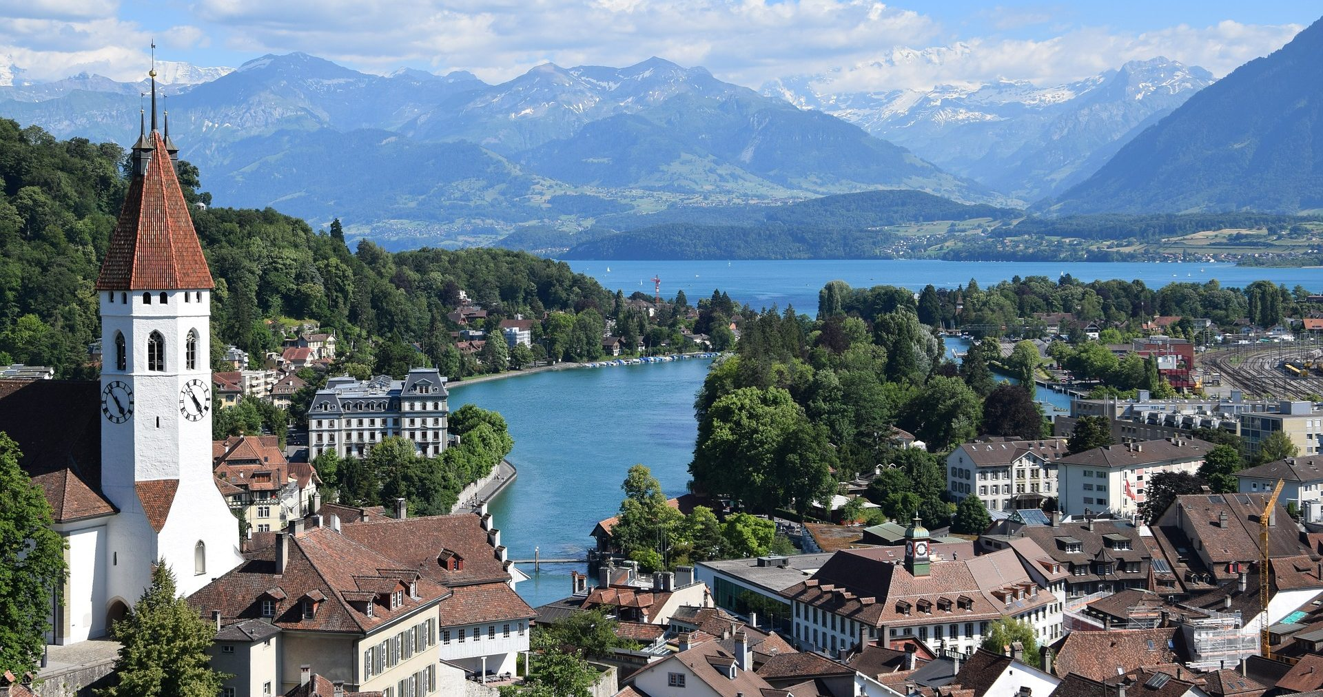 things to do in Interlaken - lake thun