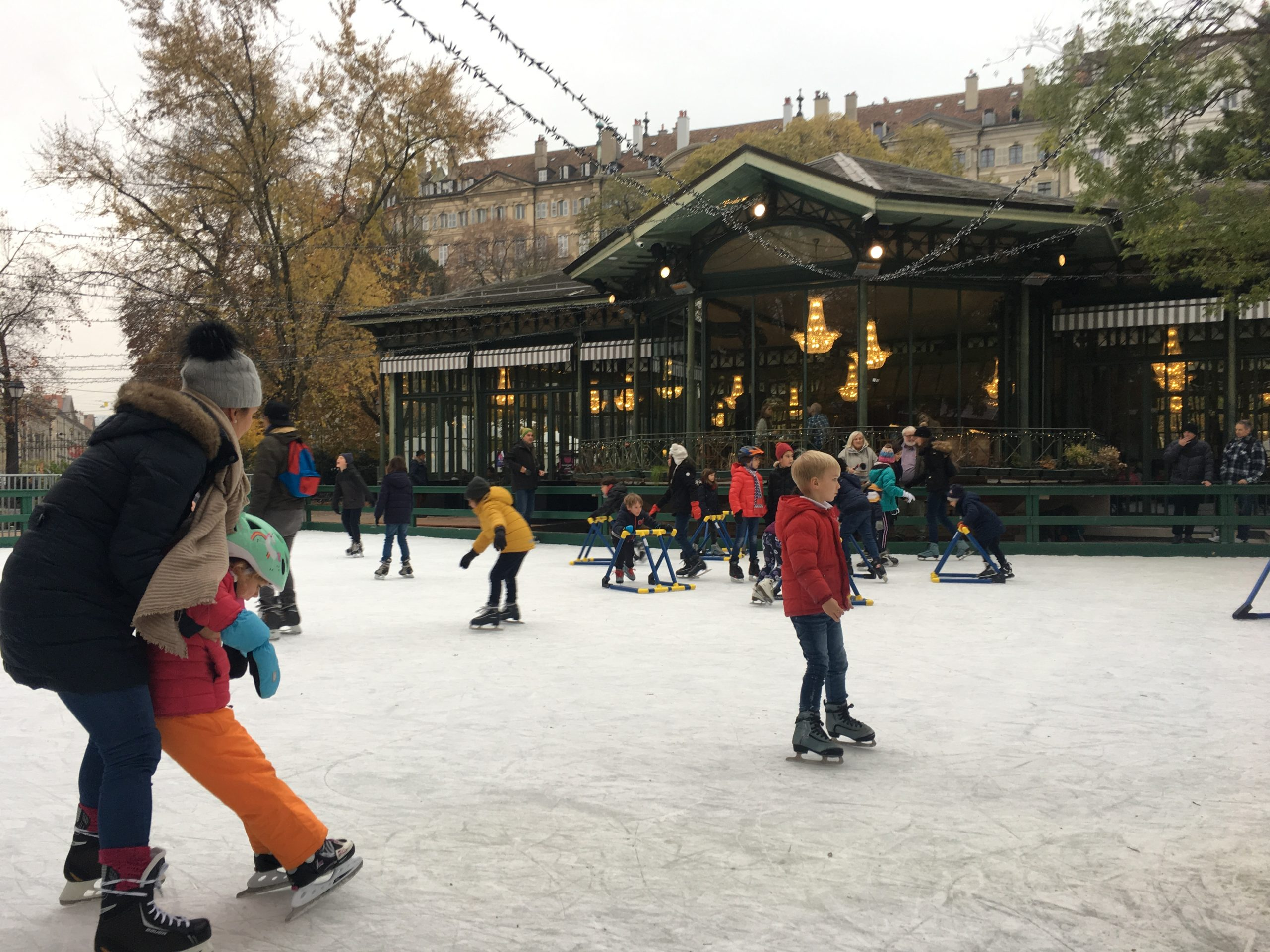 Christmas in Switzerland: Ice skating