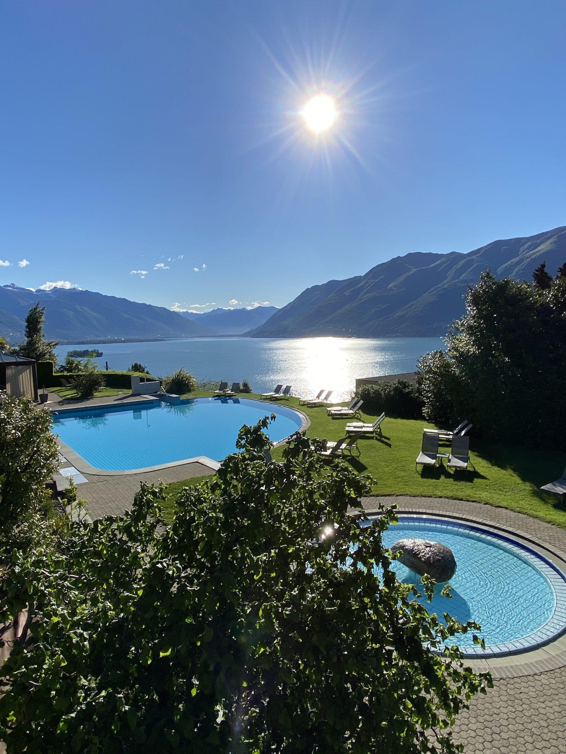 Brenscino pool - hotels in Brissago